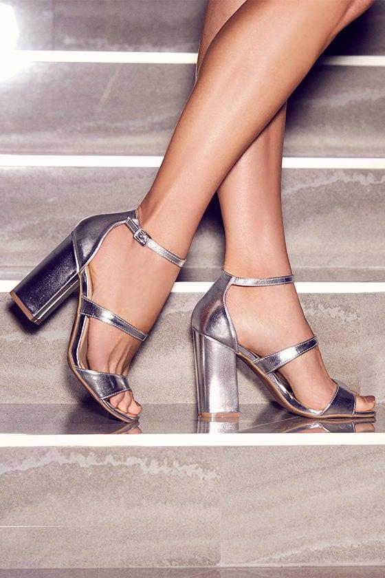 8976fffbc5f Cute Silver Heels - Silver Block Heels - Metallic Heels -  26.00