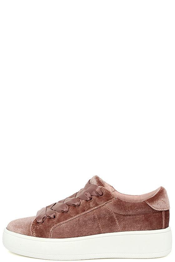Steve Madden Bertie-V Blush Velvet Sneakers 1