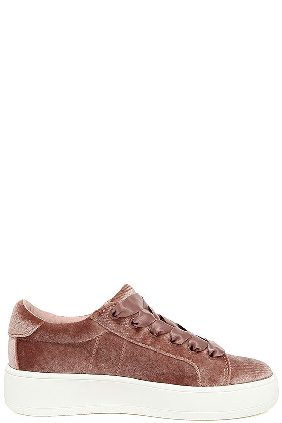 Steve Madden Bertie-V Blush Velvet Sneakers 4