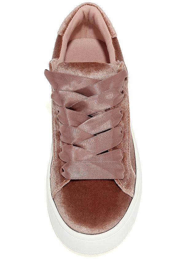 Steve Madden Bertie-V Blush Velvet Sneakers 5