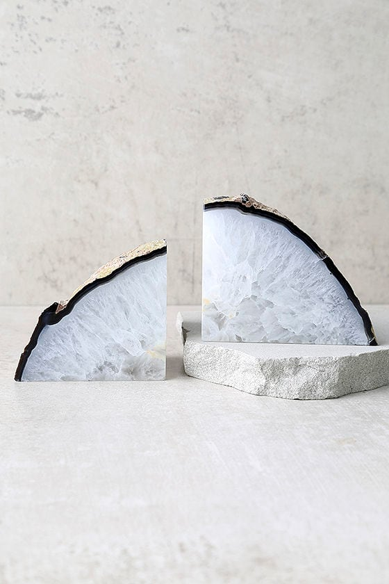 Set & Stones Read the Runes Neutral Agate Bookends 1