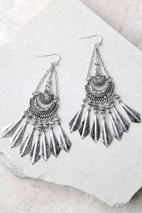Humming Happily Silver Earrings 1