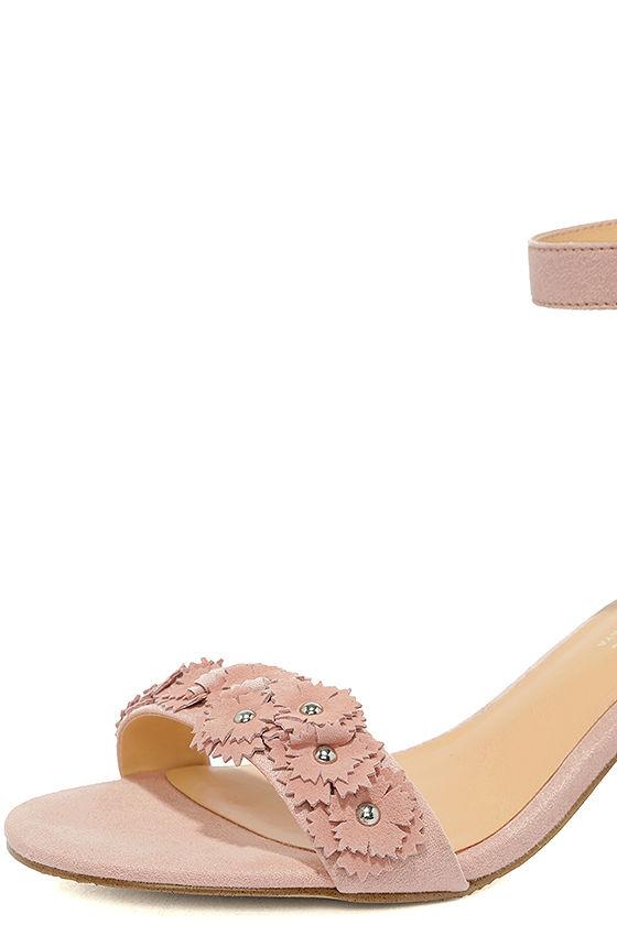 Daya by Zendaya Marietta Blush Suede Ankle Strap Heels 6