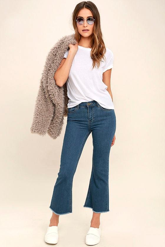 Amuse Society Coastline Medium Wash Cropped Flare Jeans