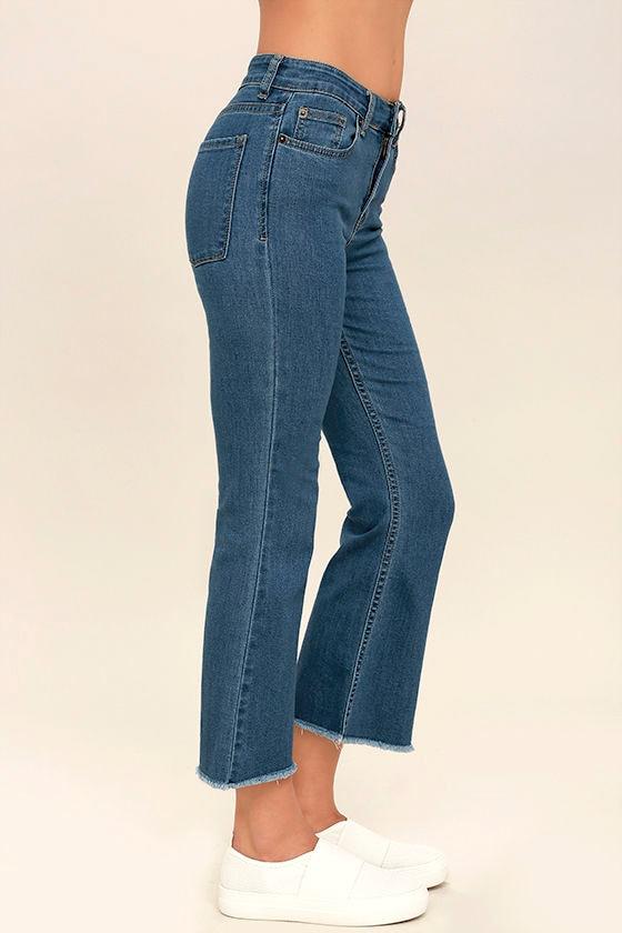 Amuse Society Coastline Medium Wash Cropped Flare Jeans 3