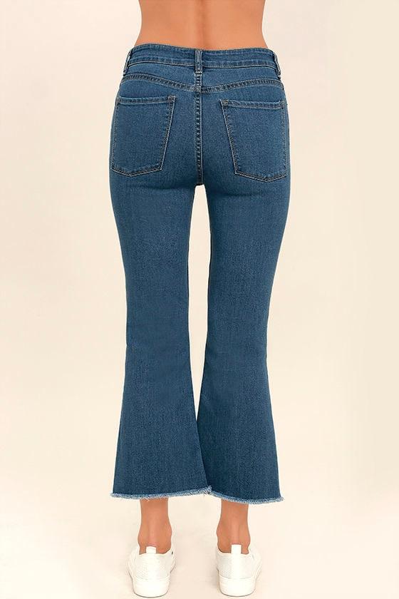 Amuse Society Coastline Medium Wash Cropped Flare Jeans 4