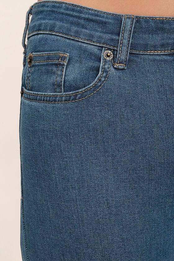 Amuse Society Coastline Medium Wash Cropped Flare Jeans 6