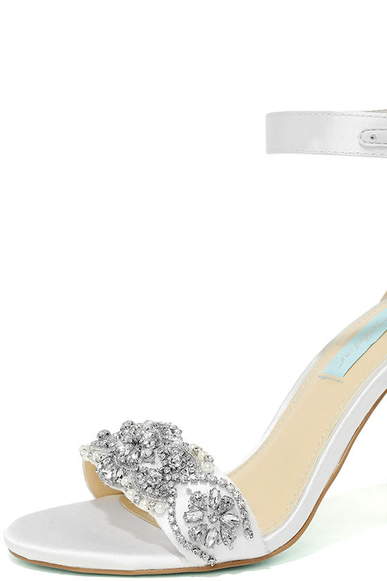 Blue by Betsey Johnson Gina Ivory Satin Ankle Strap Heels 6