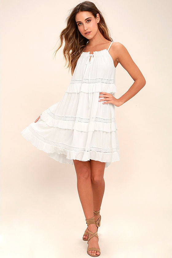 Moon River Sunrise Point Off-White Lace Swing Dress 2