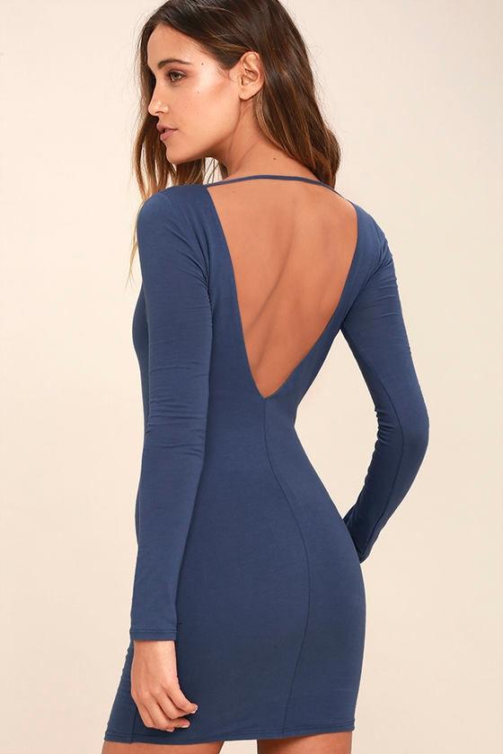 Bodycon long sleeve backless dress