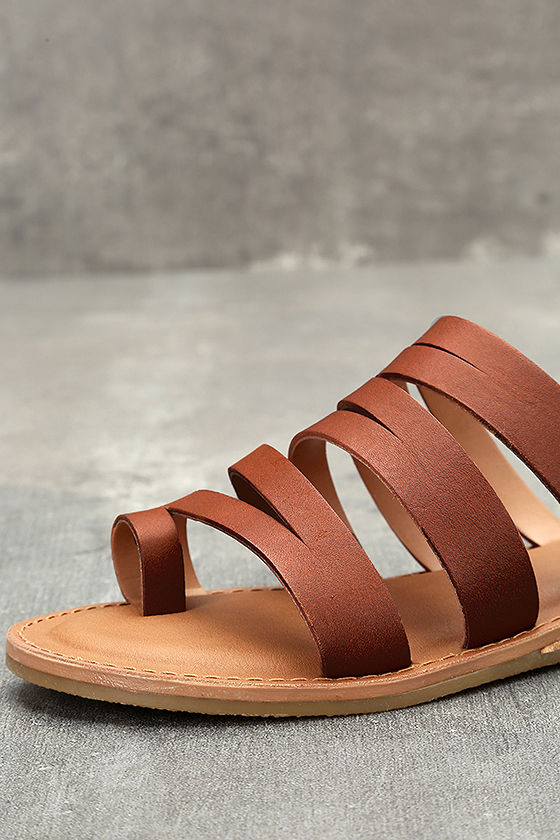 Steve Madden Hestur Cognac Leather Sandals 7