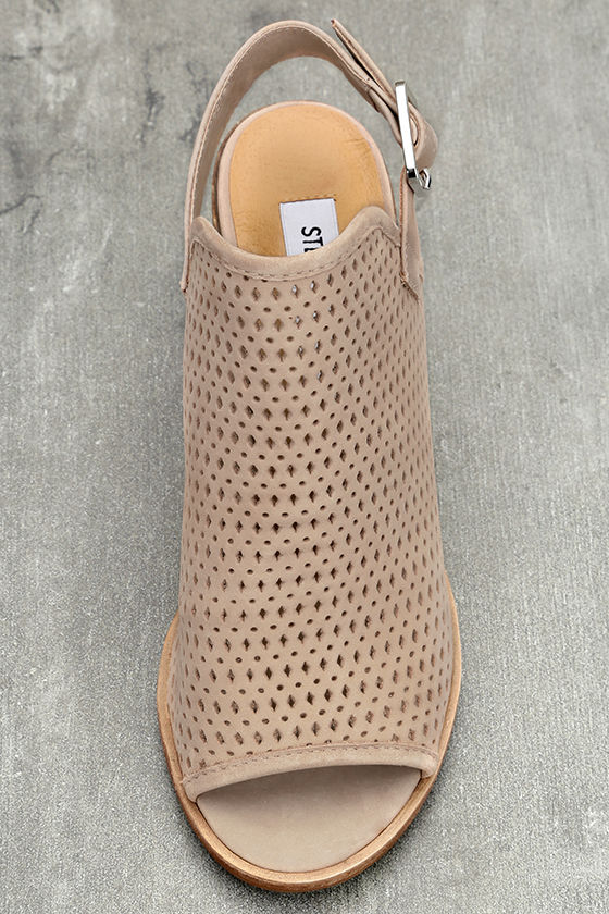 Steve Madden Neptune Ice Taupe Nubuck Leather Cutout Booties 5