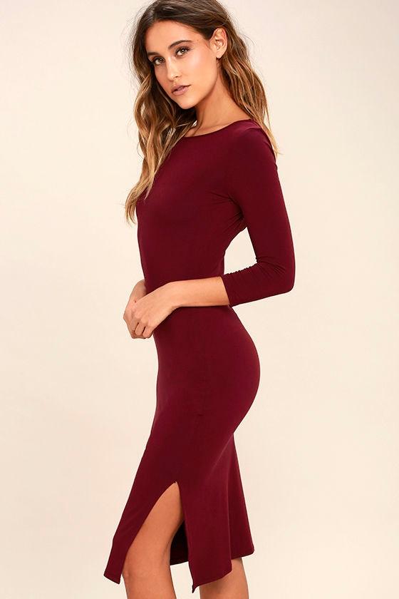 Elegant Artistry Burgundy Bodycon Midi Dress 3