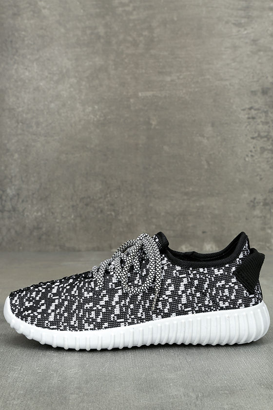 Creative Kick Black and White Knit Sneakers 1