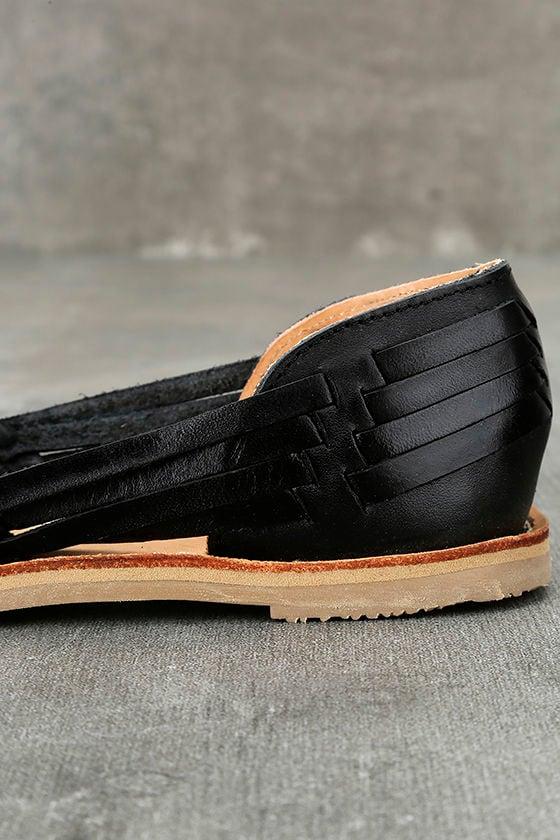 Sbicca Jared Black Leather Huarache Flats 7