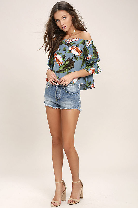 Balmy Night Slate Blue Floral Print Off-the-Shoulder Crop Top 2