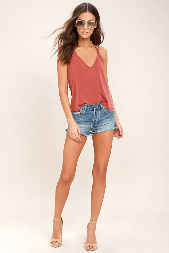 Tropical Climate Rusty Rose Crop Top 2