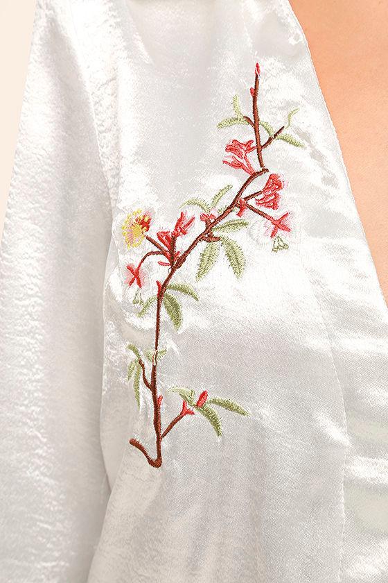 Boudoir Beauty White Satin Embroidered Shirt Dress 6