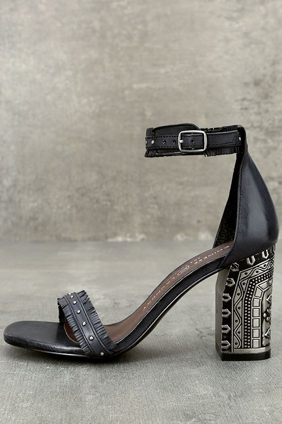 Chinese Laundry Santa Anita Black Leather Ankle Strap Heels 2