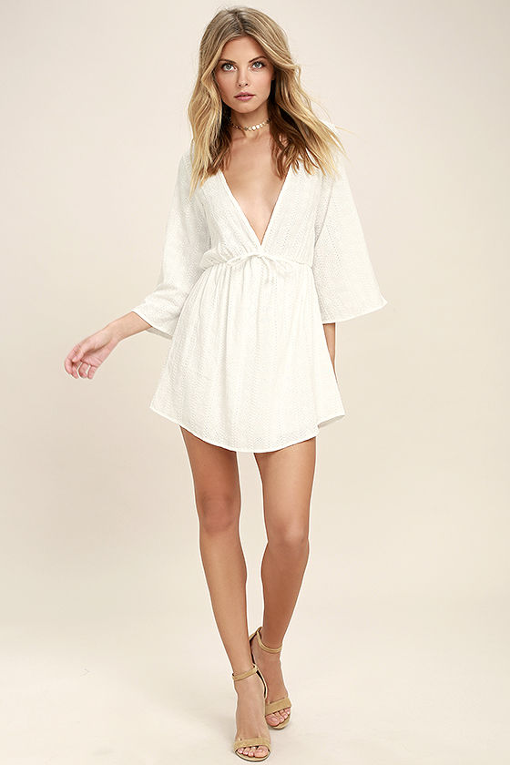 Easy on the Eyelets White Lace Cover-Up 2