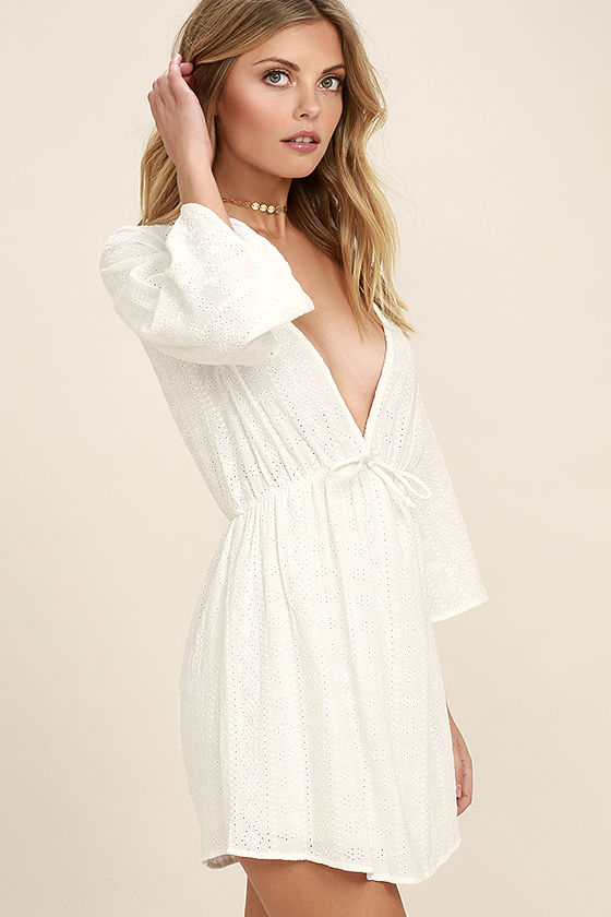 Easy on the Eyelets White Lace Cover-Up 3