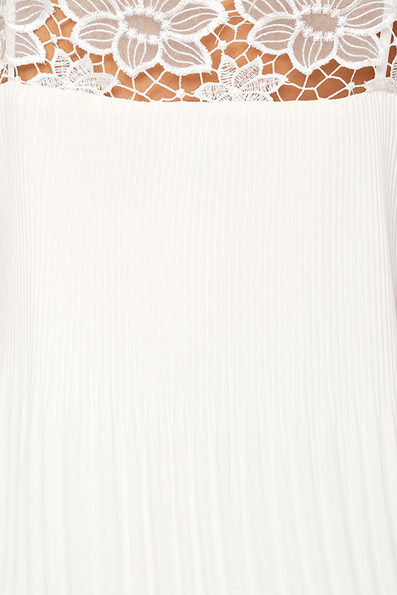 None Other White Lace Sleeveless Top 6