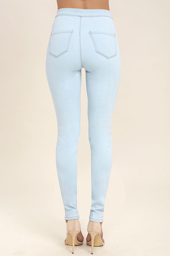Practice Makes Perfect Light Wash High-Waisted Skinny Jeans 4