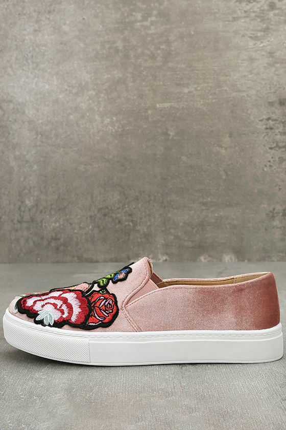 Dirty laundry jiana rose velvet sneakers embroidered