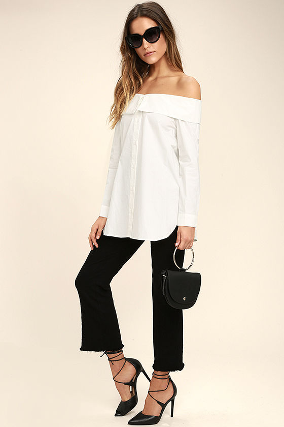 Chelsea Off-White Off-the-Shoulder Long Sleeve Top 2