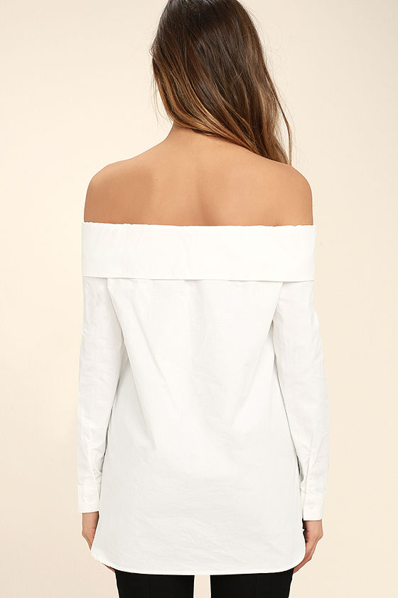 Chelsea Off-White Off-the-Shoulder Long Sleeve Top 4
