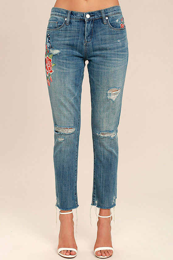 Blank NYC Crop Girlfriend Light Wash Embroidered Jeans 3