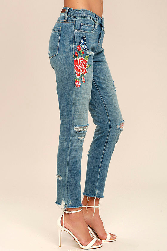 Blank NYC Crop Girlfriend Light Wash Embroidered Jeans 4