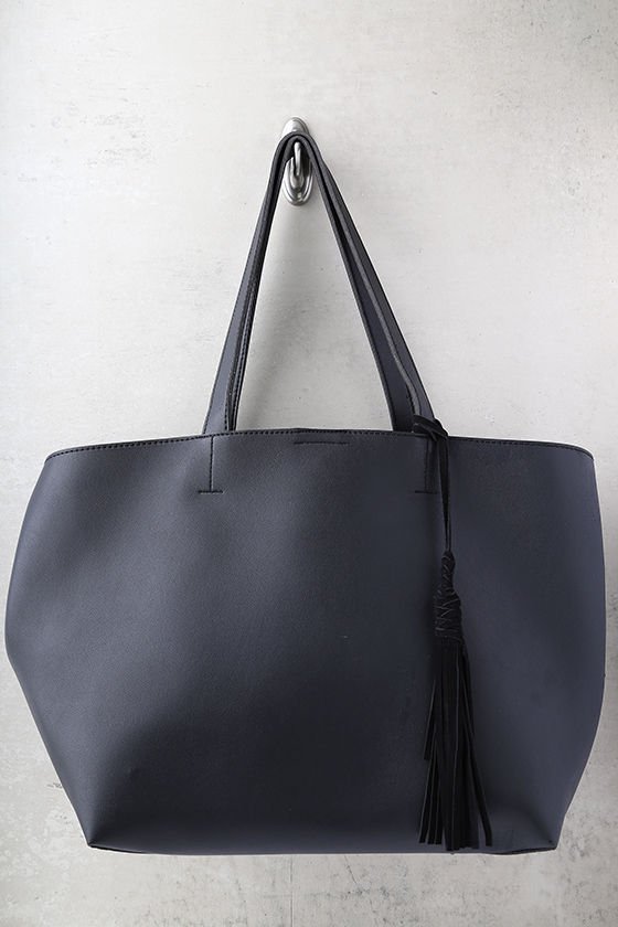 Timeless Beauty Black Tote 2