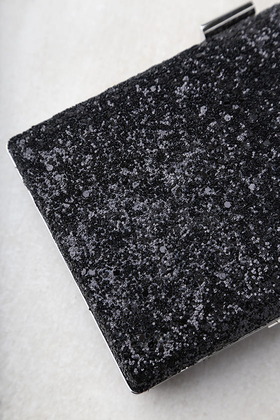 Star-Studded Black Clutch 3