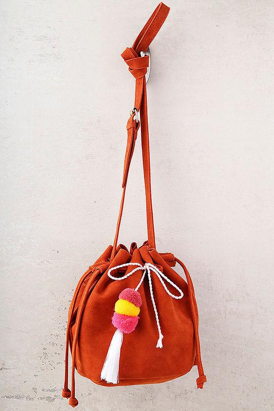 Beach Trip Rust Orange Bucket Bag 2