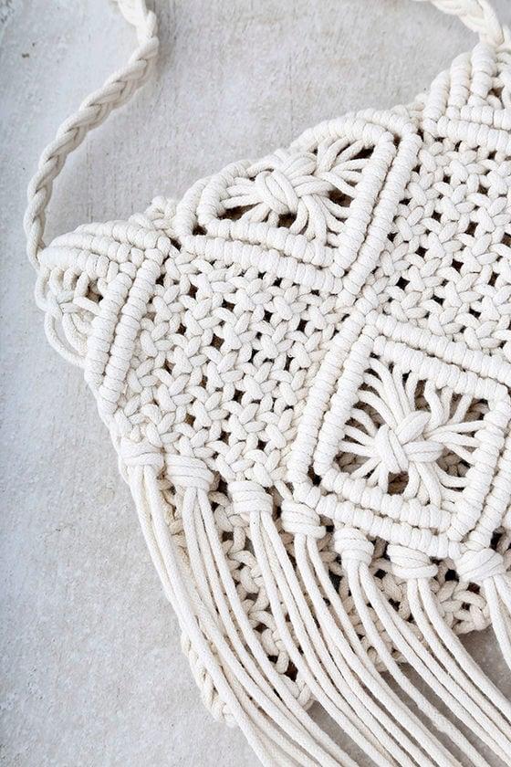 Mahala Cream Crochet Fringe Purse 3