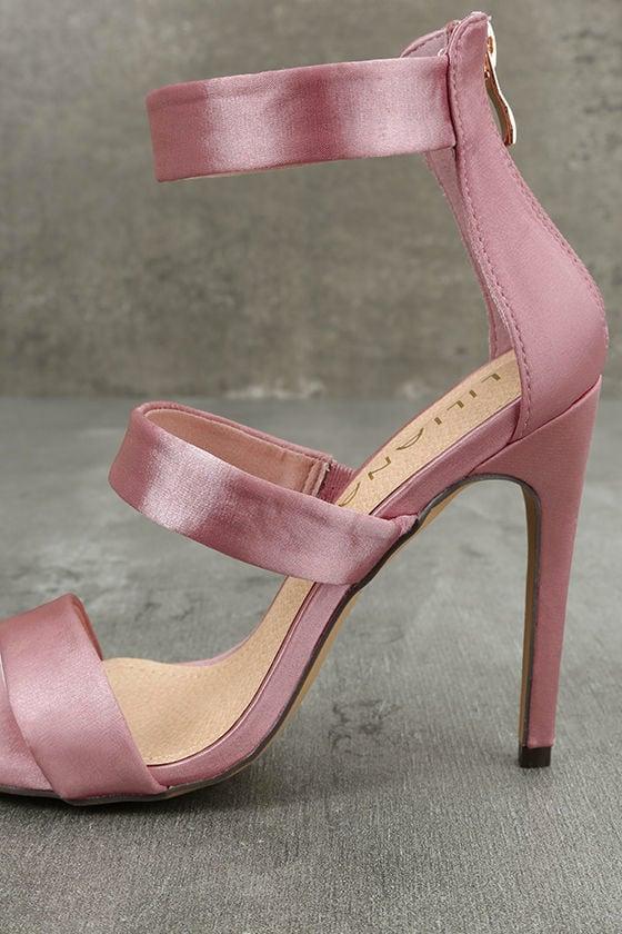 Bellanca Dusty Pink Ankle Strap Heels 7