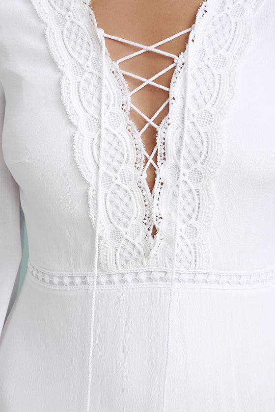 Queen of the Wildflowers White Lace Maxi Dress 6