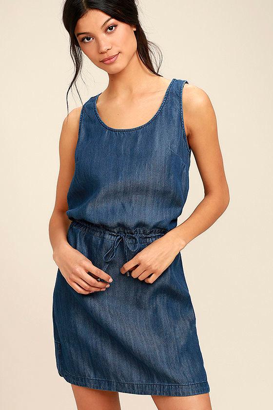 Olive & Oak Adley Dark Blue Chambray Dress 1