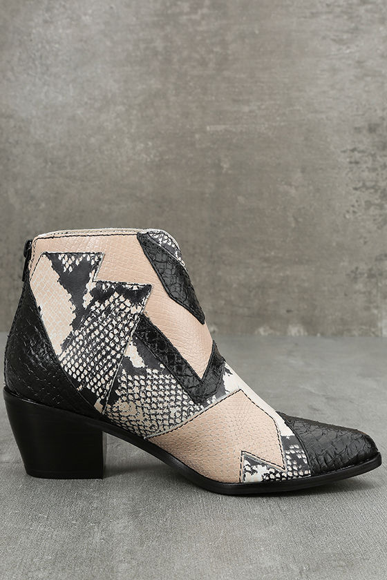 Amuse Society x Matisse Last Call Blush Leather Ankle Booties 4