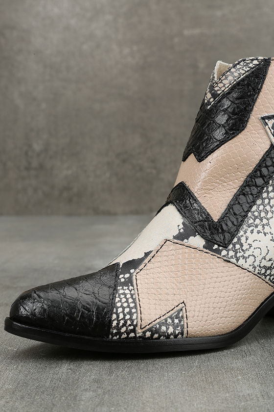 Amuse Society x Matisse Last Call Blush Leather Ankle Booties 6