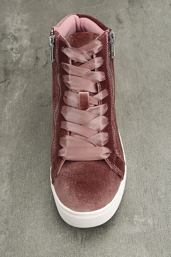 Madden Girl Eppic Blush Velvet High-Top Sneakers 5