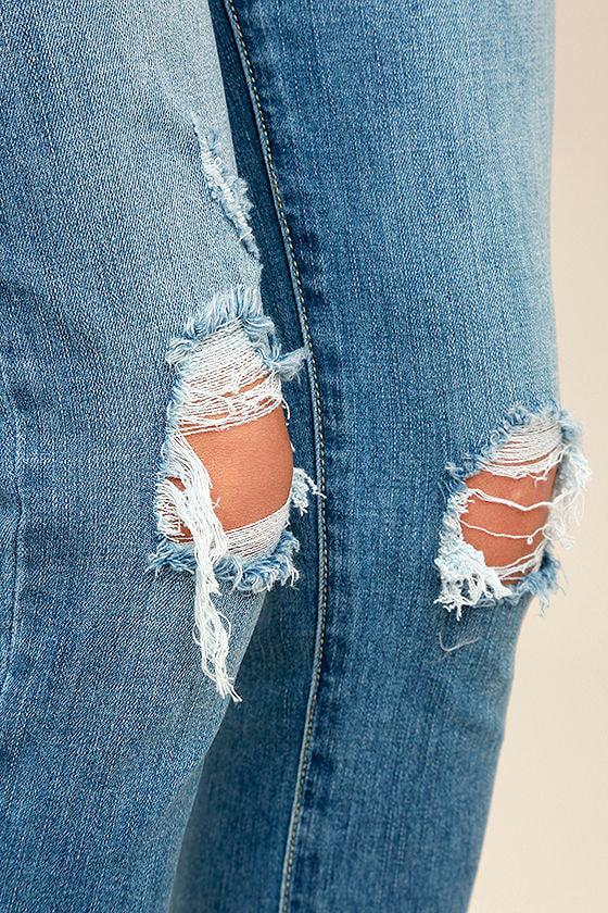 Trend Savvy Medium Wash Distressed Skinny Jeans 6