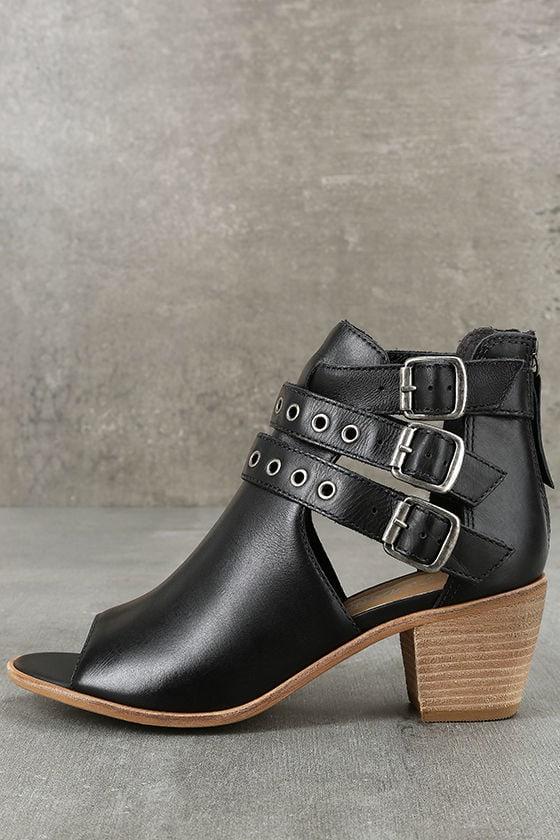 Matisse Princeton Black Leather Peep-Toe Booties 1