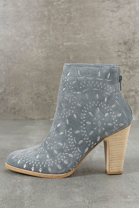 Matisse Springfield Dusty Blue Embroidered Suede Leather Booties 1