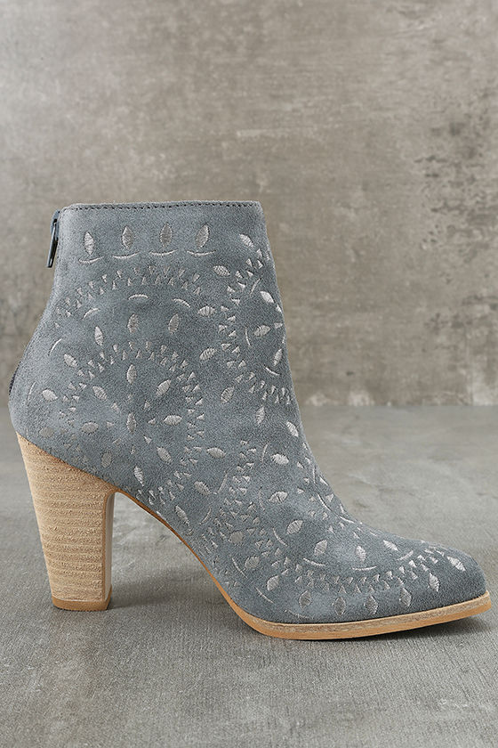 Matisse Springfield Dusty Blue Embroidered Suede Leather Booties 4