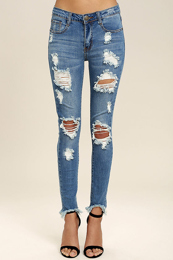 a21758abd38 Chic Blue Jeans - Destroyed Skinny Jeans - Frayed Skinny Jeans - $39.00