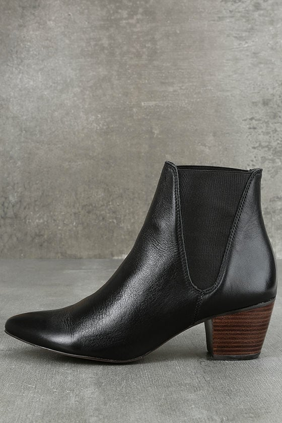 Amuse Society x Matisse Sass Black Leather Pointed Ankle Booties 1