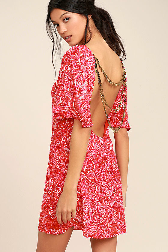 Start a Party Red Print Backless Shift Dress 1