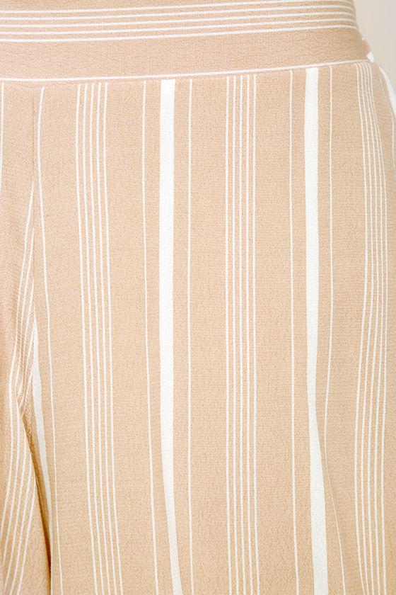 Irreplaceable Beige Striped Shorts 6